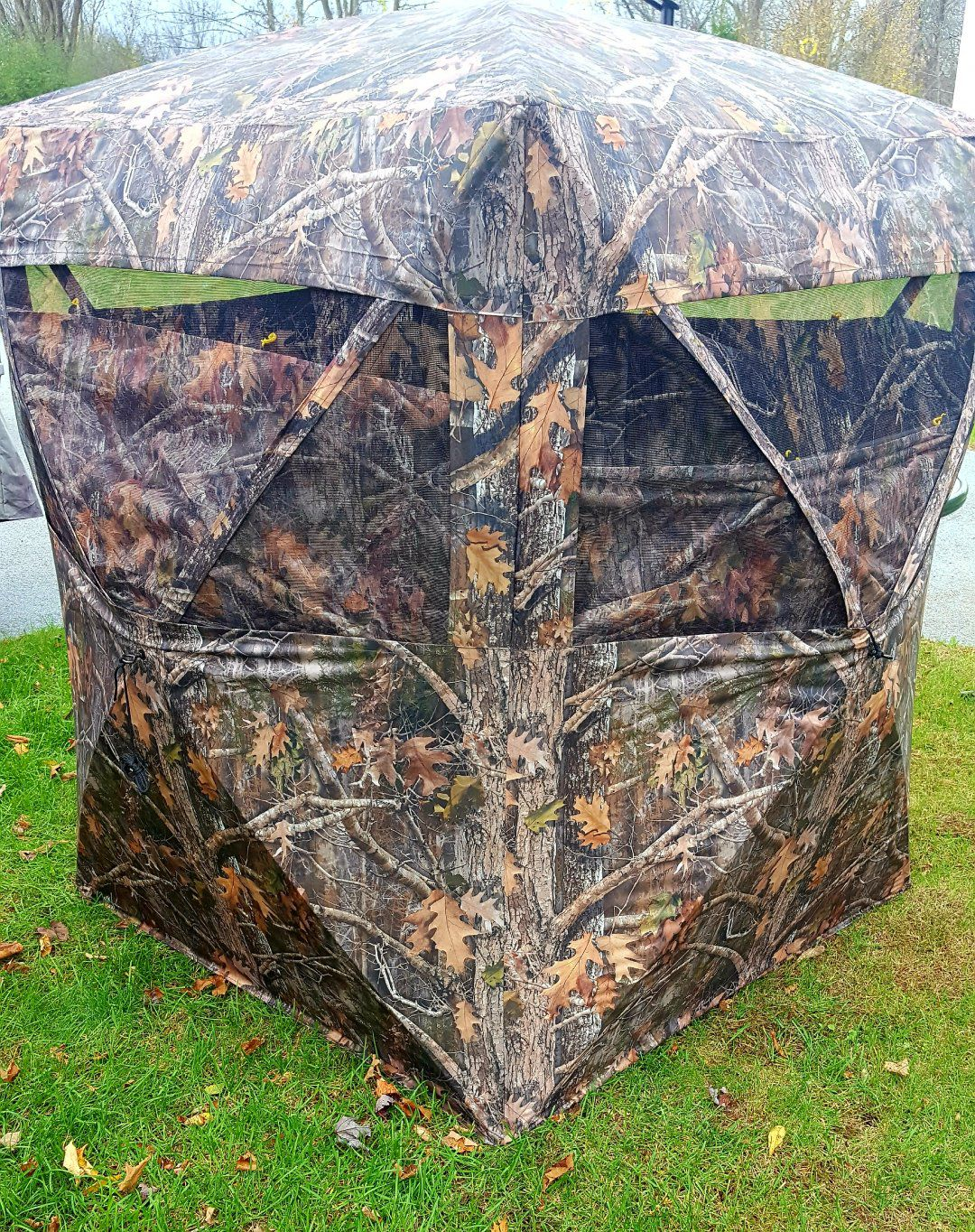 from resistant blinds help barronett camo bloodtrail blind hunting ts roof elements protect water index the radar product you backwoods walls and ground